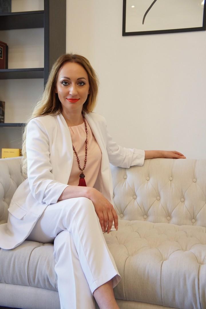 agenzia matrimoniale ragazza Ucraina