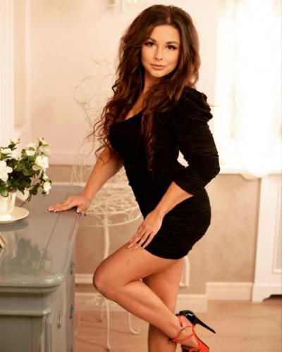ragazze russe donne est europa relazioni franchising romagna bologna parma  per single